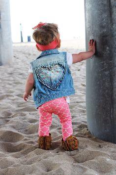 Mermaid Leggings, Pink Scallop Leggings, Baby Leggings, Girl Clothing, Leggings, Kids Clothing, Sizes Infant to Size 6