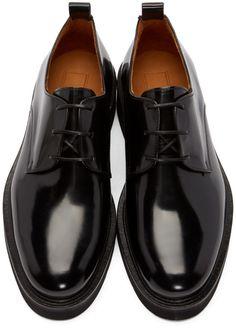 Ami Alexandre Mattiussi for Men Collection Sock Shoes, Shoe Boots, Adidas Campus Shoes, Derby, Gents Shoes, Gq Mens Style, Gentleman Shoes, Mens Designer Shoes, Best Shoes For Men