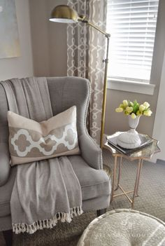 Sita Montgomery Interiors: My Master Bedroom Refresh Revea… Sita Montgomery Interiors: Mein Hauptschlafzimmer Refresh Reveal Strandmon Ikea, Bedroom Seating, Home Bedroom, Master Bedrooms, Bedroom Corner, Bedroom Ideas, Bedroom Nook, Bedroom Small, Trendy Bedroom