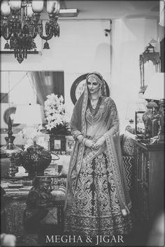 Best site to plan a modern Indian wedding WedMeGood covers real weddings genui Simple Weddings, Real Weddings, Wedding Expenses, Wedding Reception Tables, Wedding Ceremony, Indian Bridal Fashion, Romantic Look, Bridal Lehenga, Indian Dresses