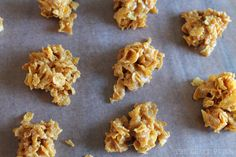 Cornflake cookies are made with peanut butter and crunchy cereal and are an easy no-bake treat! You're going to love this family favorite recipe.