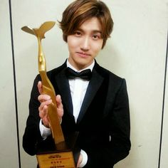 Changmin won Best Entertainer at 2013 KBS Entertainment Awards