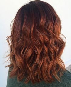 Wavy Copper Lob. Are you looking for ginger hair color styles? See our collection full of ginger hair color styles and get inspired!