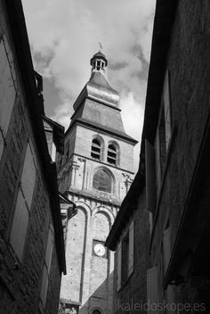 Preciosa iglesia de #Sarlat en blanco y negro