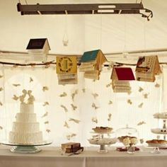 Love books? What about having a book-themed wedding....  Thought this had some interesting ideas :)