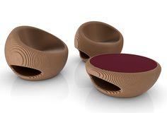 Toda la expresividad del cartón honeycomb cobra vida en esta sofisticada linea de mobiliario integrada por un juego de asientos, una lámpara y una mesa.