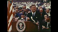 Kennedy para spin doctors. El pasado 22 de noviembre se cumplió un nuevo aniversario de la trágica muerte del presidente estadounidense más popular y carismático del siglo XX: John Fitzgerald Kennedy (JFK). Como sobre Kennedy se han escrito ríos de tinta, voy a enfocar mi artículo al campo que nos interesa, al de la comunicación política.