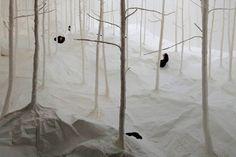 À l'occasion du Sapporo International Art Festival 2014 dont le thème de l'évènement est « la nature et la ville », l'artiste japonais Takashi Kuribayashi a mis en scène une installation en papier intitulée « Wald aus Wald ».  L'installation comprend une forêt blanche en papier washi. Les visiteurs peuvent découvrir la forêt de 2 façons: par le haut ou, plus intéressant, par le bas, où ils peuvent marcher sous le papier léger et sortir la tête par les crevasses.