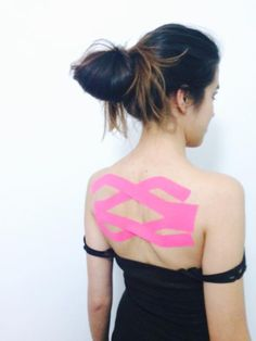 ^^ Upper back postural correction 2 :) Massage Tips, Massage Techniques, Massage Therapy, Hand Therapy, Physical Therapy, K Tape, Scoliosis Exercises, Kinesiology Taping, Athletic Training