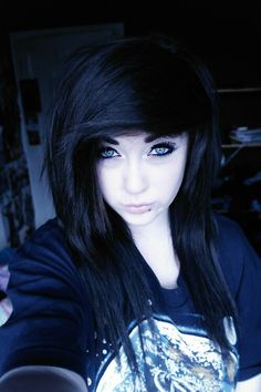 Pale emo girl. Love her blue eyes :3