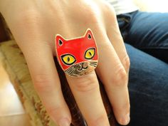 Red cat ring