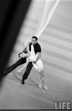 LIFE - Gene Kelly and Cyd Charisse in Singin' in the Rain, 1952. S)
