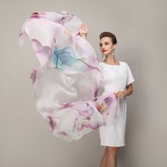 Hodvábna dámska šatka s jemným farebným vzorom - 180 x 110 cm Outfit, Fashion, Dress, Outfits, Moda, Fashion Styles, Fashion Illustrations, Kleding, Clothes