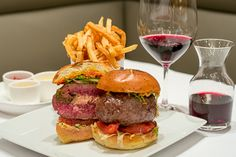 20140730-001-Lede.jpg New York City's Iconic Burgers