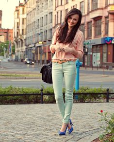 mint green jeans w/ light pink top and blue heals