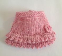 Free Pattern for January – Frilly Pinny for Blythe but I'm inspired by it to knit a mini dress or skirt.