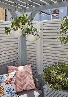 Garden Design Advice - Planning Tips For Your Outdoor Space - Outdoor Garden Rooms, Garden Spaces, Outdoor Gardens, Outdoor Decor, Garden Makeover, Garden Painting, Love Home, Small Gardens, Beautiful Gardens