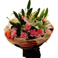 感恩www.ourchinaflower.com 小蛮花园可送花到兰州甘肃中国,当天送花,3-6小时送达,支持国际支付。不管您在英国,美国还是澳大利亚,您的心意和祝福我们都可以替您传达给在中国兰州的朋友。