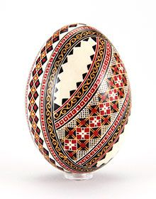 Hand-painted Easter eggs – Duck eggs in batik technique – gleaming Duck Eggs, Ukrainian Easter Eggs, Egg Art, Moldova, Egg Shells, Arts And Crafts, Hand Painted, Culture, Painting