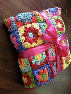 comfort blanket ~ I've got to make a bright color afghan like this in cotton!