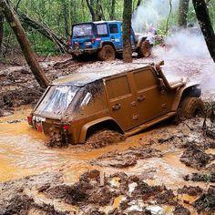@renatogonzaga #jeep #jk Follow @So_Many_Jeeps