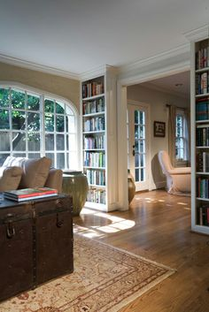 book shelves on small walls...frame doorway-  framed doorway like this for the entry to my kitchen!!