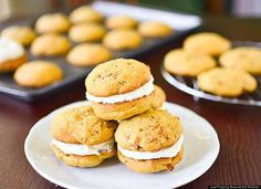 Carrot Cake Whoopie Pie (and tons of other Whoopie Pie recipes!)