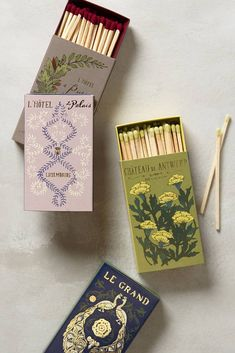 Special pretty matches for lighting candles and fireplaces - because MOAR FANCY. Menu Restaurant Design, Packaging Inspiration, Pretty Packaging, Grafik Design, Brand Packaging, Envelopes, Lettering, Typography, Designer