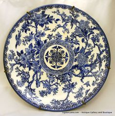 9 flow blue decorative wall plate with mounting by ogdenlane 4000 - Decorative Wall Plates