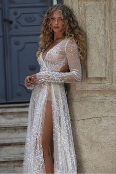 Berta Bridal, Exotic Beauties, Special Dresses, Red Carpet Dresses, Bridal Style, Wedding Gowns, Marie, Dream Wedding, Beautiful