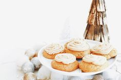 Delicious vegan recipes from Earth Balance. Have fun cooking & baking with principle. Plant-based, non-GMO, and trans fat-free. Vegan Pumpkin Cookies, Gluten Free Christmas Cookies, Dairy Free Cookies, Pumpkin Spice, Vegan Dessert Recipes, Delicious Vegan Recipes, Baking Recipes, Brown Sugar Buttercream Frosting Recipe, Frosted Cookies