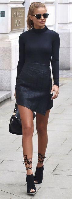 Ribbed Turtle Neck - Boohoo Leather Zip Skirt - Ankle Boot Heels - Public Desire - Gold Studded Bag - La Moda