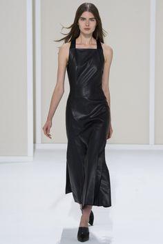 Hermès Spring 2016 Ready-to-Wear Fashion Show - Gaby Loader (Next)