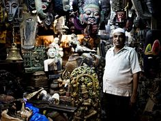 Chor Bazaar is Mumbai's own paradise for the antique hunters. The name literally translates into thieves market.