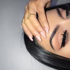 makeup remover makeup tips video eyeshadow makeup look eyeshadow makeup on dark skin makeup gray eye makeup makeup studio makeup terms Makeup Eye Looks, Cute Makeup, Glam Makeup, Pretty Makeup, Skin Makeup, Makeup Inspo, Eyeshadow Makeup, Makeup Inspiration, Eyeshadow Palette
