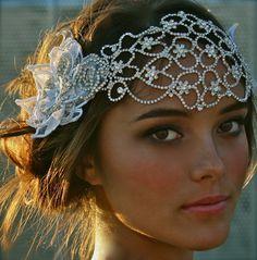 Jefe de inspiración vintage, Crystal Bridal Cap Julieta Por DolorisPetunia