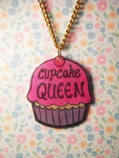 Cupcake Queen: A Necklace for Bakers, Cupcake Lovers, and Cutie-Pies by The Tiny Hobo
