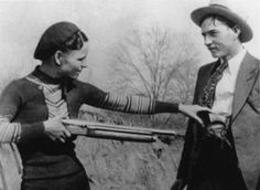 BONNIE & CLYDE: A Ride from Happiness to Hell - Furious Cinema