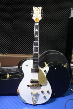 Gretsch G6134 White Penguin Gretsch, Penguins, Guitars, Bass, Electric, Music Instruments, Penguin, Lowes, Musical Instruments