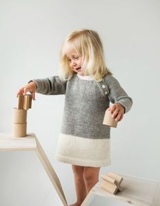 Super Ideas For Crochet Baby Clothes Fall Knit Baby Dress, Crochet Baby Clothes, Crochet Girls, Baby Cardigan, Knit Crochet, Baby Girl Dresses, Baby Outfits, Knitting For Kids, Baby Knitting