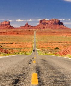 Home to the Grand Canyon and huge saguaro forests, Arizona is the epitome of the Wild West. Here's the ultimate Arizona national parks road trip itinerary! Grand Canyon, Bryce Canyon, Arizona National Parks, Capitol Reef National Park, Monterey Bay Aquarium, Lake Powell, Monument Valley, Las Vegas Strip, Death Valley