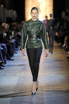 Worked to fantastic effect, leather was a leading trend on the Paris runways. While sometimes edgy and other times soft and feminine, the resounding result was utterly chic