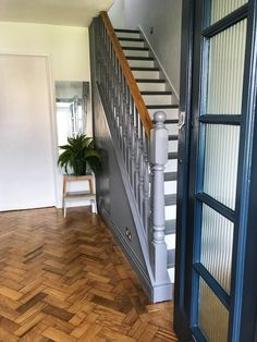 Parquet flooring and Edwardian spindles in 'Urban Obsession ' Edwardian Staircase, Edwardian Hallway, Hallway Designs, Hallway Ideas, Entrance Hall Decor, Staircase Ideas, Parquet Flooring, Carpet Stairs, Décor Ideas