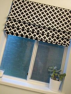 DIY Roman Shades : DIY Fixed Roman Shade....does this one look easier Cathy CAris???