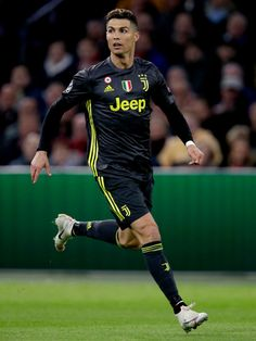 Cristiano Ronaldo of Juventus during the UEFA Champions League match between Ajax v Juventus at the Johan Cruijff Arena on April 2019 in Amsterdam Netherlands Get premium, high resolution news photos at Getty Images Cristiano Ronaldo 7, Cristiano Ronaldo Wallpapers, Cr7 Juventus, Cr7 Messi, Lionel Messi, Justin Timberlake, Adam Sandler, Ellen Degeneres, Ronaldo Hd Images