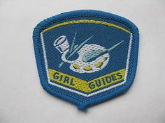Vintage Girl Guide badge - Arts & Crafts Collective Emblem