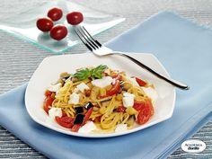 Taglierini con melanzane, pomodorini e mozzarella