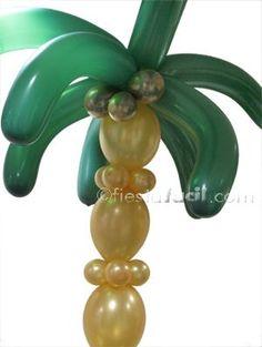 Cómo hacer una palmera con globos para decorar tu fiesta de verano, en www.fiestafacil.com / How to make a palm tree with balloons to decorate your summer party, from www.fiestafacil.com