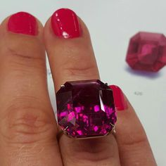 Sotheby's viewing: Important unheated Burmese ruby of 34.86 carats. #nofilter #sothebysjewels #ruby #burmeseruby