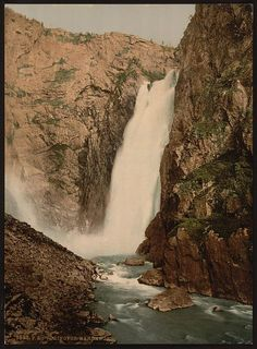 [Vorinfos (i.e., Vøringsfoss), Hardanger Fjord, Norway]      Repository: Library of Congress Prints and Photographs Division Washington, D.C. 20540 USA http://hdl.loc.gov/loc.pnp/pp.print